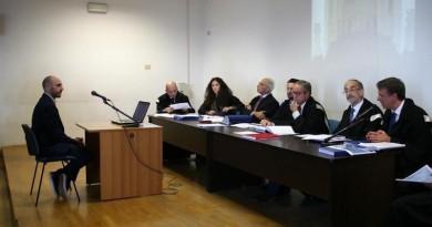 Copia di Antonio Semola interrogato da Raffaele Cantone