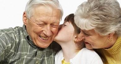 festa-dei-nonni-frasi-dediche