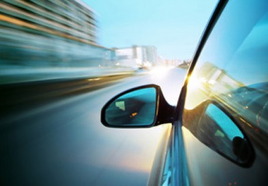 Sicurezza stradale, ragazzi in piazza per imparare le regole alla guida