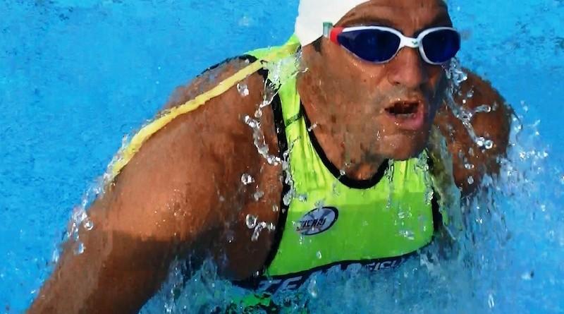 Gianni Sasso in piscina