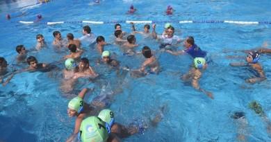La gioia dei francesi del Pan Sharks vincitori del torneo  Under 13