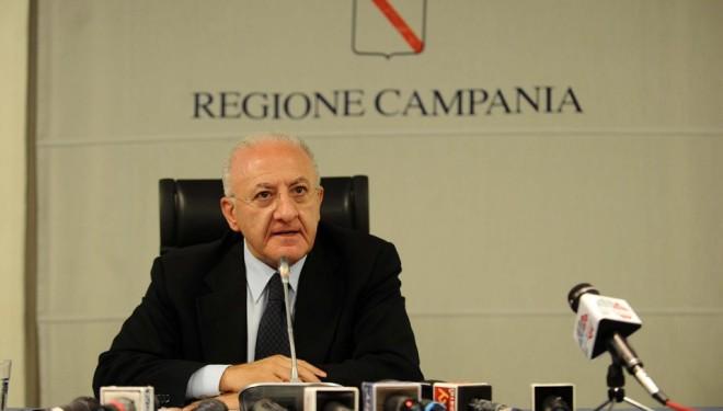 De-Luca-Conferenza-Stampa-Regione-Campania-660x375