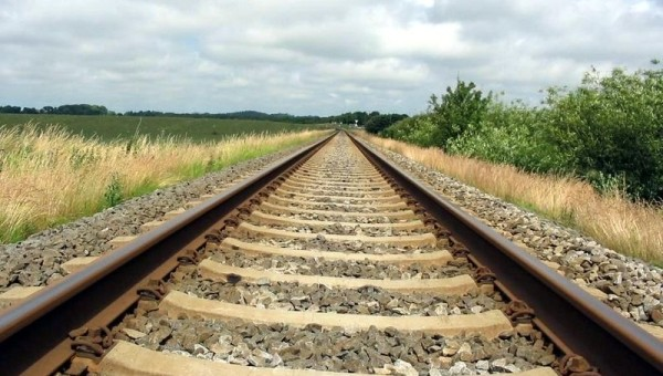 261128801_binari_ferroviaro