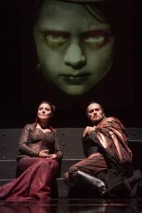 Gaia Aprea e Luca Lazzareschi in Macbeth foto fabio donato