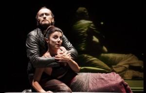 Luca Lazzareschi e Gaia Aprea in Macbeth foto Fabio Donato