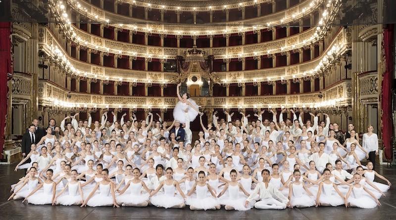 Scuola di ballo 2016 ridotta_foto Francesco Squeglia_DSC1467