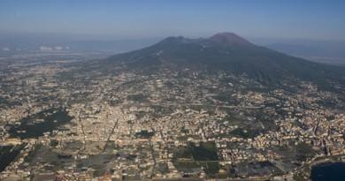 Confesercenti: «Un suicidio negare l'accesso al Vesuvio nel periodo di Natale»