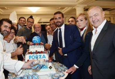 Napoli in festa a Villa D'Angelo. E ora lo scudetto!