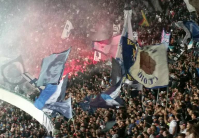 Il Napoli stritola anche la Fiorentina. Il San Paolo in festa chiede lo scudetto