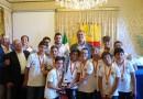 Pallanuoto, i giovanissimi atleti del circolo Posillipo premiati dal sindaco de Magistris