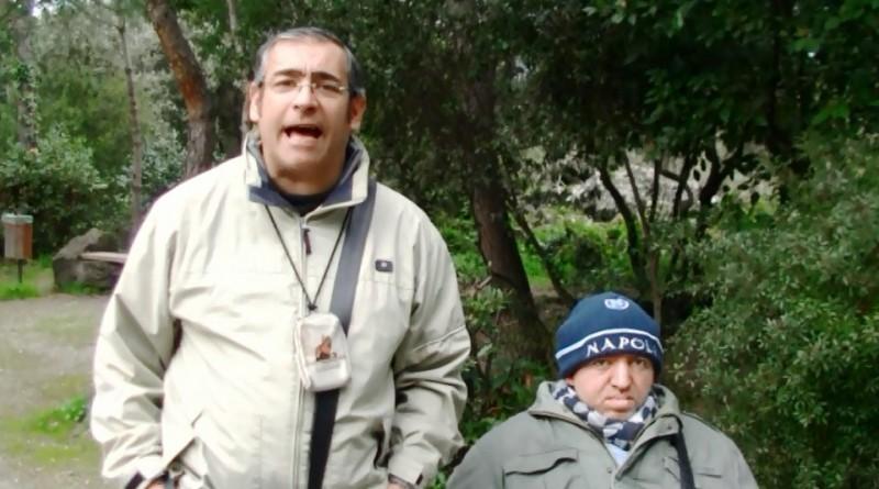Gennaro Savio e Peppe Varchetta nella pineta Mirtina in quello che diventerà il Largo Peppe Varchetta