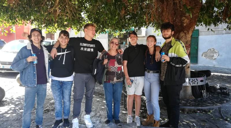 DianaPezzaBorrelliconglistudenti