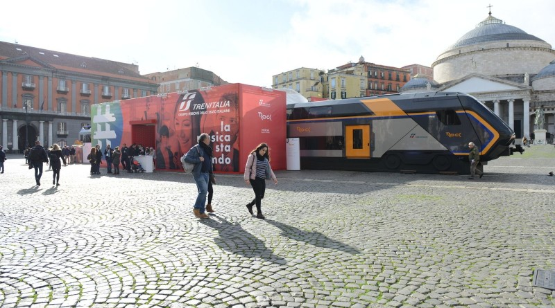 Trenitalia, in piazza del Plebiscito i nuovi treni rock per i pendolari