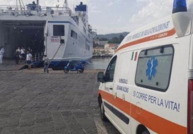Trasporto ambulanze sui traghetti, verso la soluzione del problema per l'isola verde
