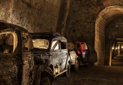 Cinema al buio, tra le mura dellaGalleria Borbonica