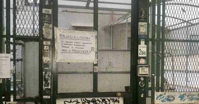 Ancora chiusa la biblioteca Croce al Vomero